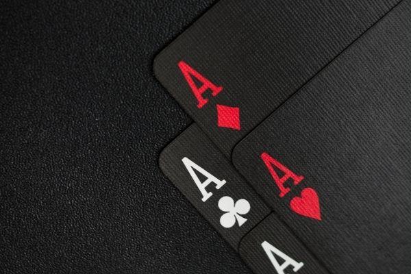 Cara Mendapatkan Uang Dari Poker Online