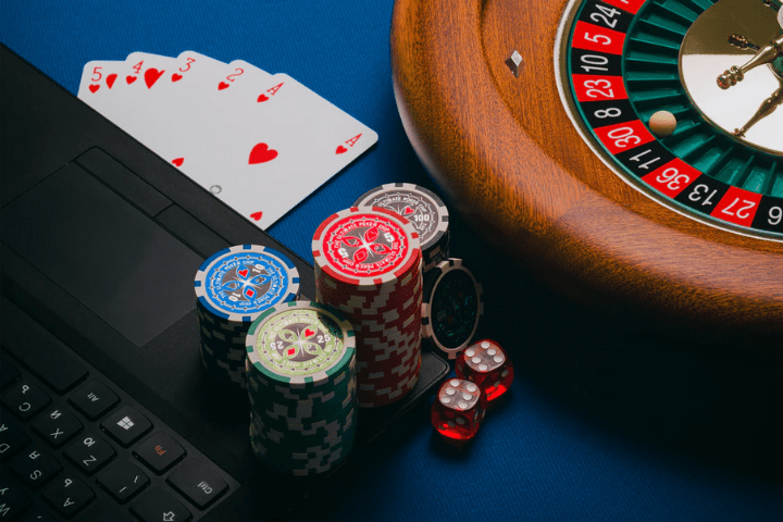 Pendapatan Industri Poker Online